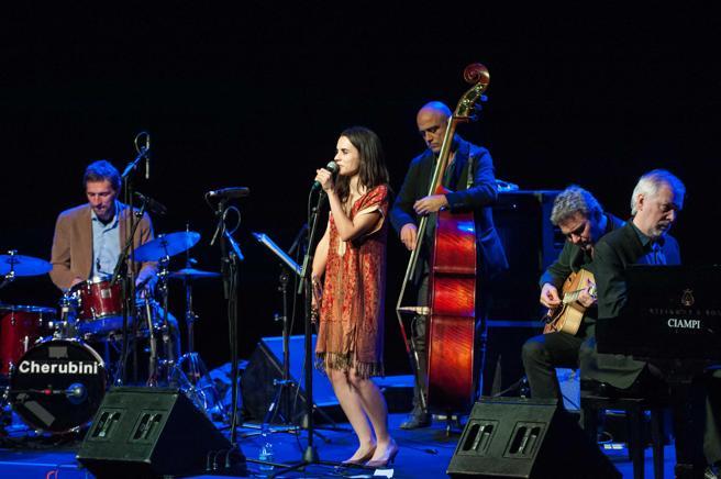 El Andrea Motis Joan Chamorro Quintet  ofrecerá un concierto el sábado para celebrar su décimo aniversario