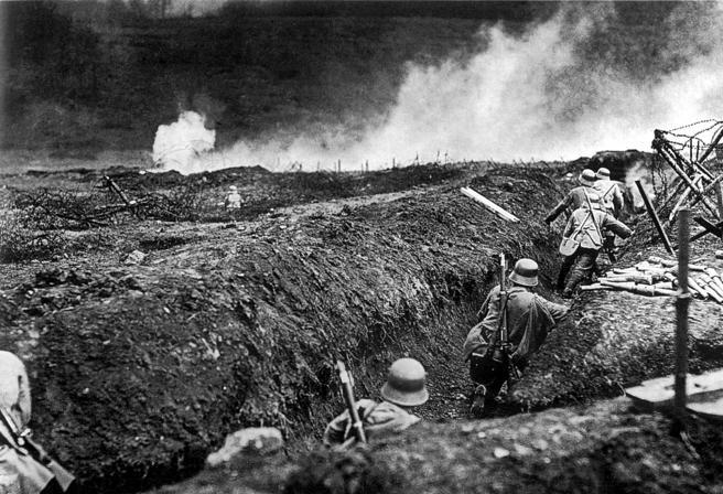 Soldados de asalto alemanes en Sedan, en 1917